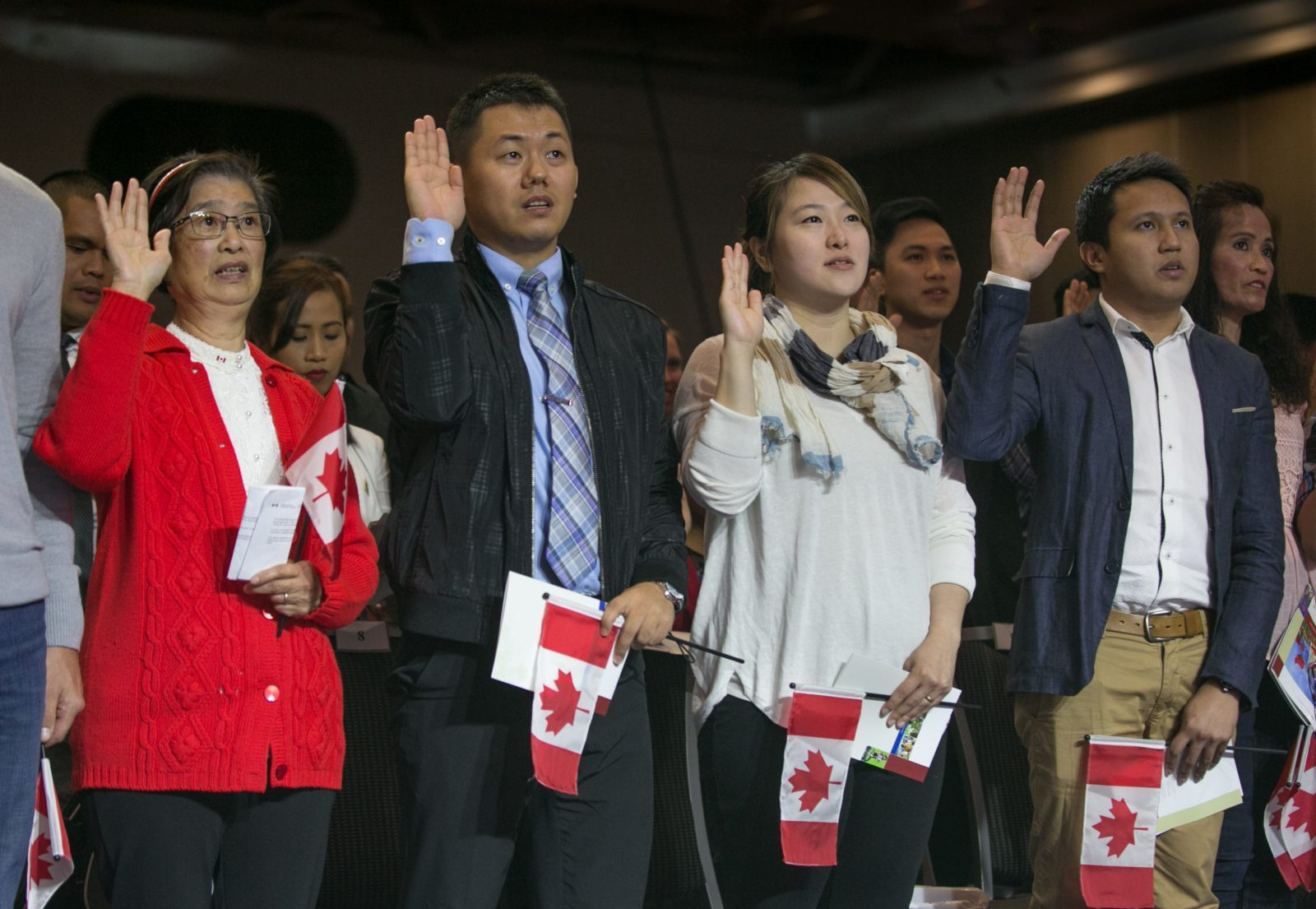 Bill C-6: A law that removes barriers to Canadian citizenship