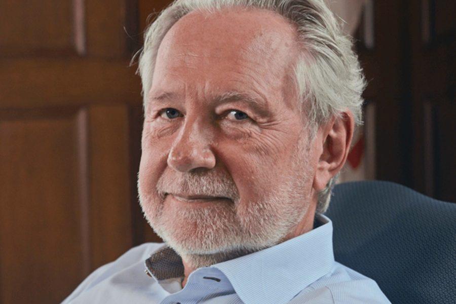 Senator Peter Harder is the Government Representative in the Senate.