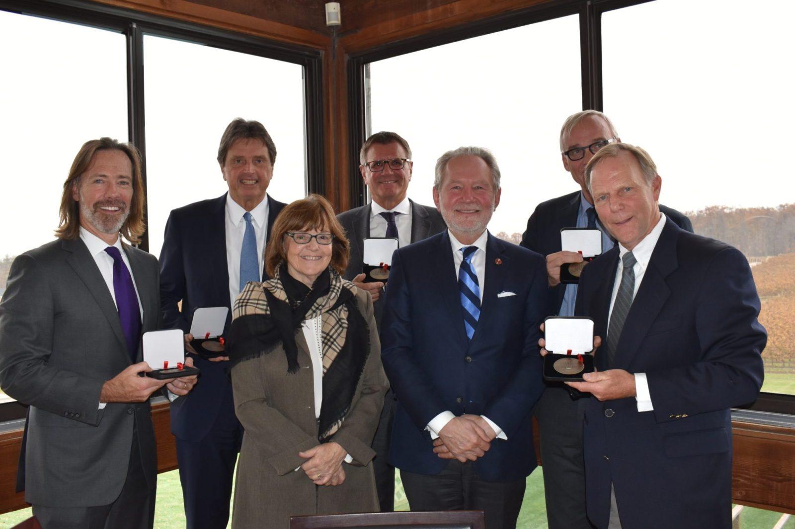 Senator Harder awards exceptional citizens in Niagara Region